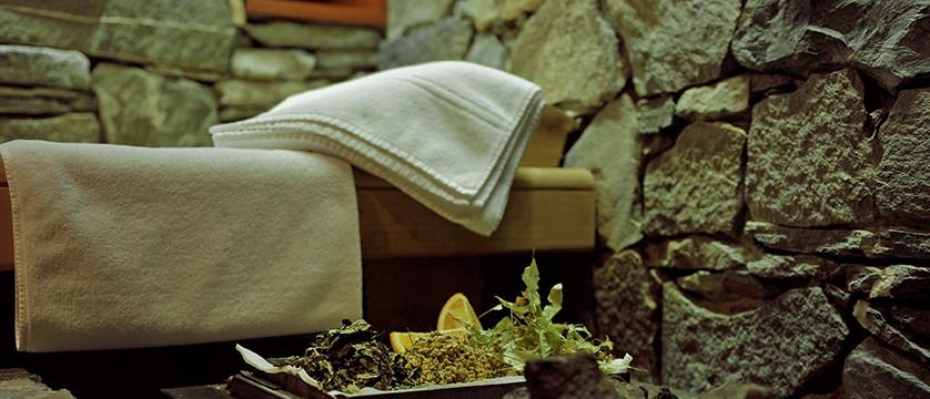 Hotel Eiger, Grindelwald, Bernese Oberland, Switzerland - sauna detail.jpg